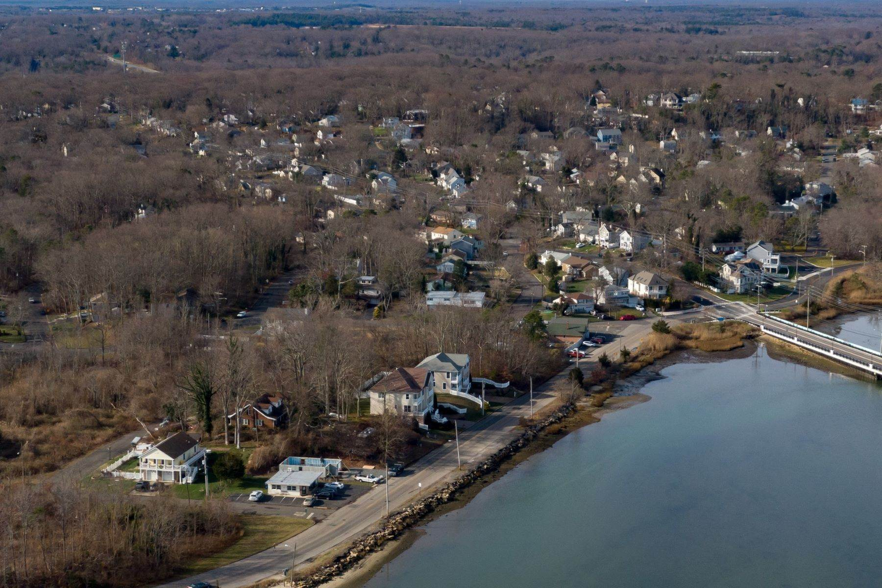 12. Single Family Homes for Sale at NEW Waterfront home to be built in desirable Shark River Hills 25 S Riverside Dr Neptune, New Jersey 07753 United States