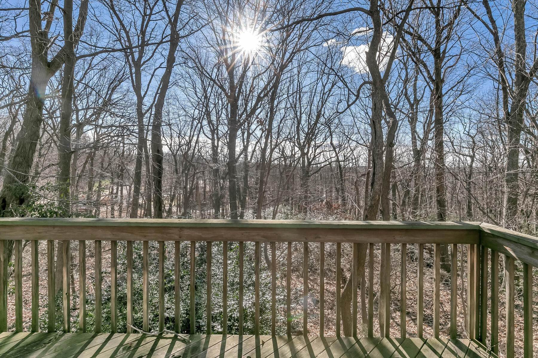 39. Single Family Homes for Sale at Fabulous Opportunity Tucked in the Hills of Atlantic Highlands 231 E. Highland Ave Atlantic Highlands, New Jersey 07716 United States