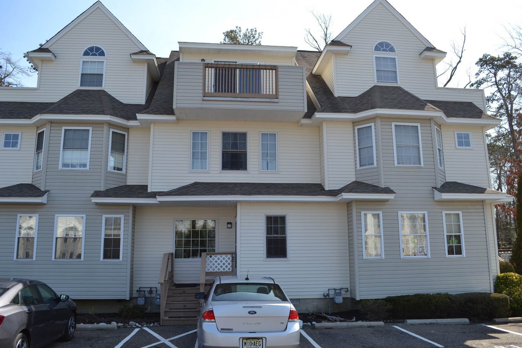 Condominiums for Sale at 82 Catherine Court unit# 82 82 Catherine Court, Unit #82 Egg Harbor Township, New Jersey 08234 United States