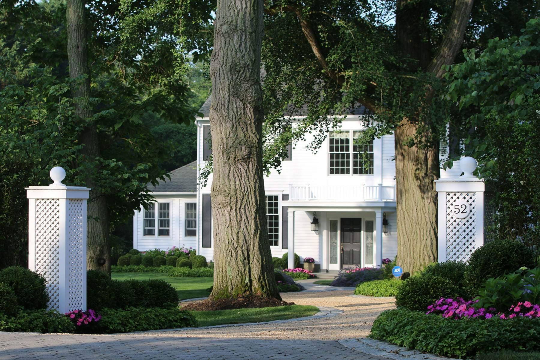 Single Family Homes for Sale at Classic Updated Colonial 52 Bellevue Avenue Rumson, New Jersey 07760 United States