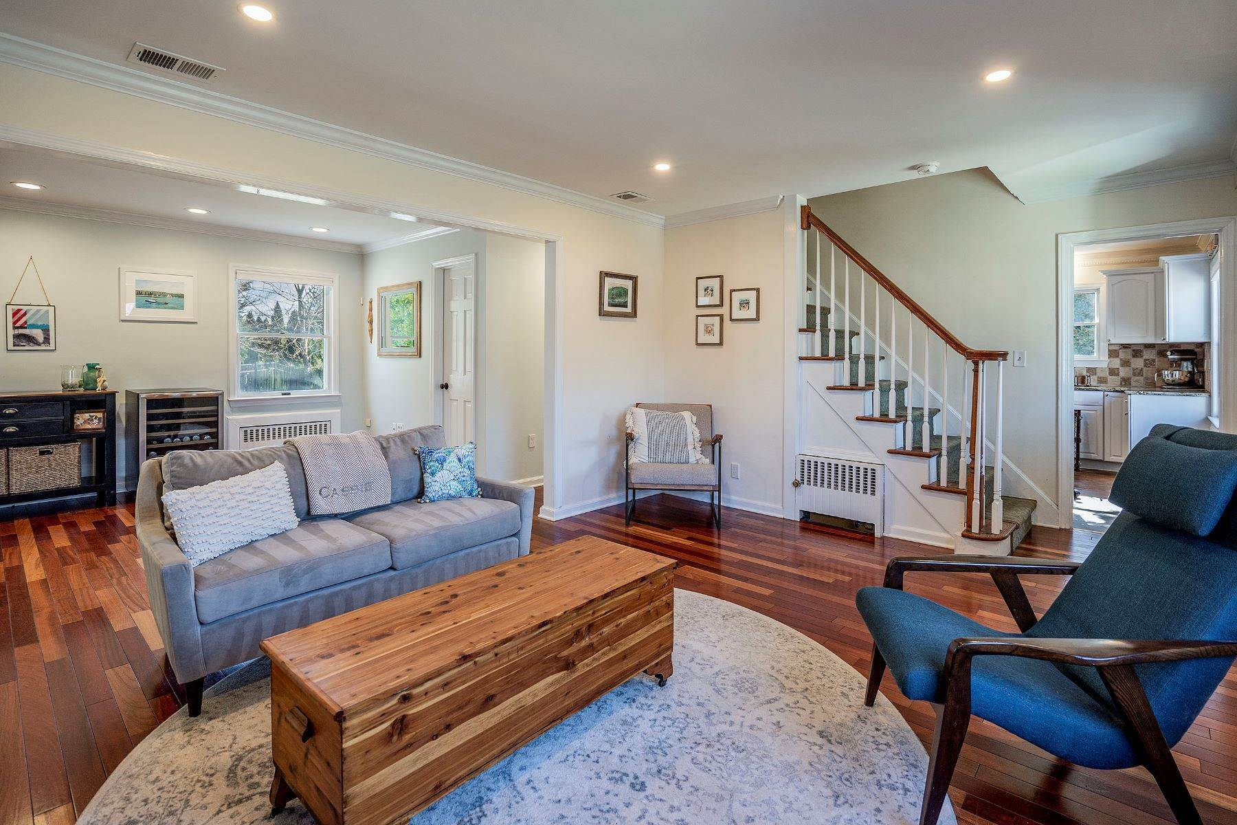 8. Single Family Homes for Sale at Sunnycrest Neighborhood 16 Carlile Terrace Little Silver, New Jersey 07739 United States