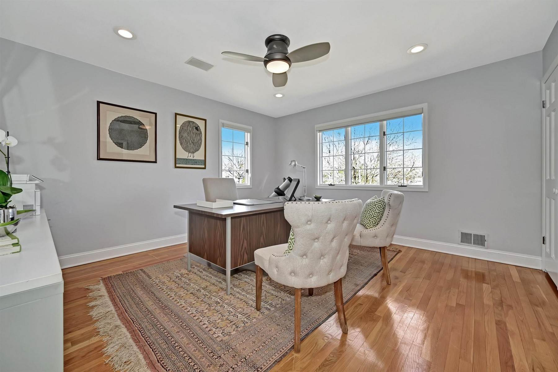 38. Single Family Homes for Sale at Elegance Meets Edgy Infused with Exceptional Quality and Custom Updates 130 Lippincott Road Little Silver, New Jersey 07739 United States