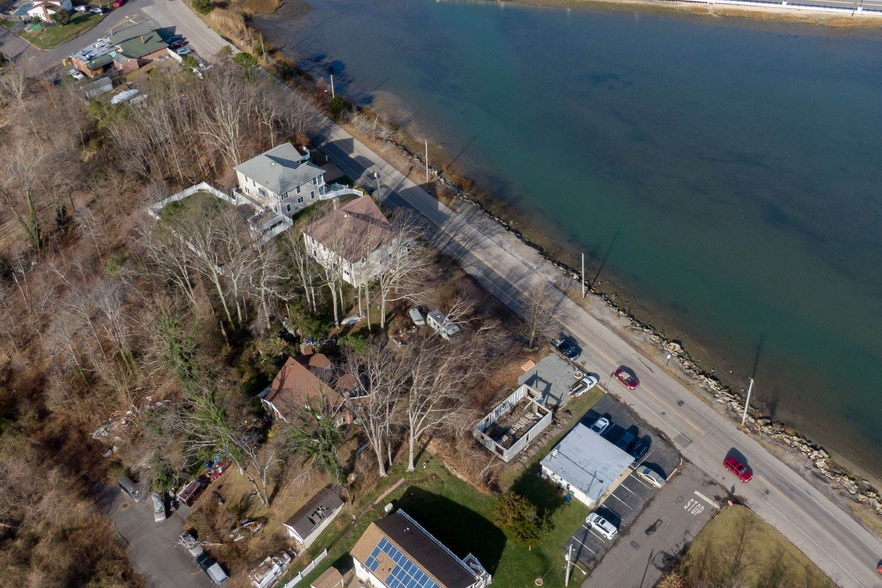 17. Single Family Homes for Sale at NEW Waterfront home to be built in desirable Shark River Hills 25 S Riverside Dr Neptune, New Jersey 07753 United States