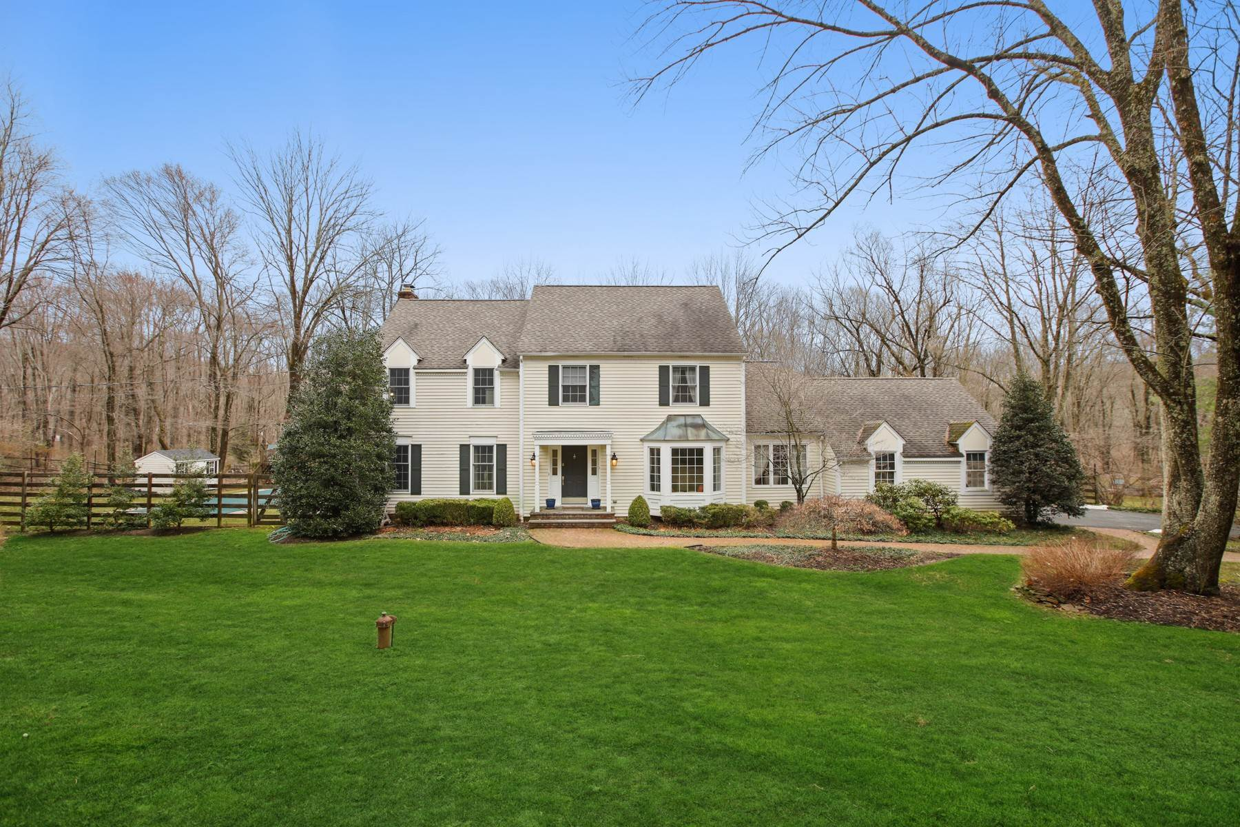 Single Family Homes for Sale at Classic Colonial in a Private, Serene Setting 5 Glen Gary Drive Mendham, New Jersey 07945 United States