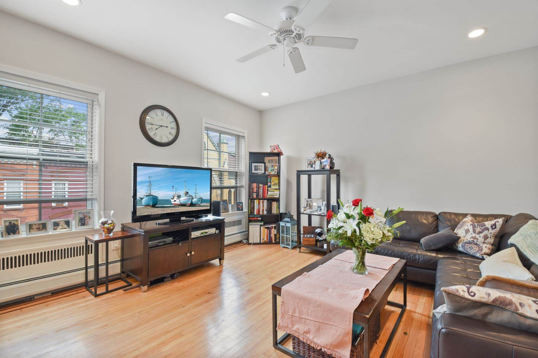 Other Residential Homes em Fabulous 1Bed/1Bath on the desirable Bloomfield Street in Hoboken. 832 Bloomfield Street, #3 Hoboken, Nova Jersey 07030 Estados Unidos