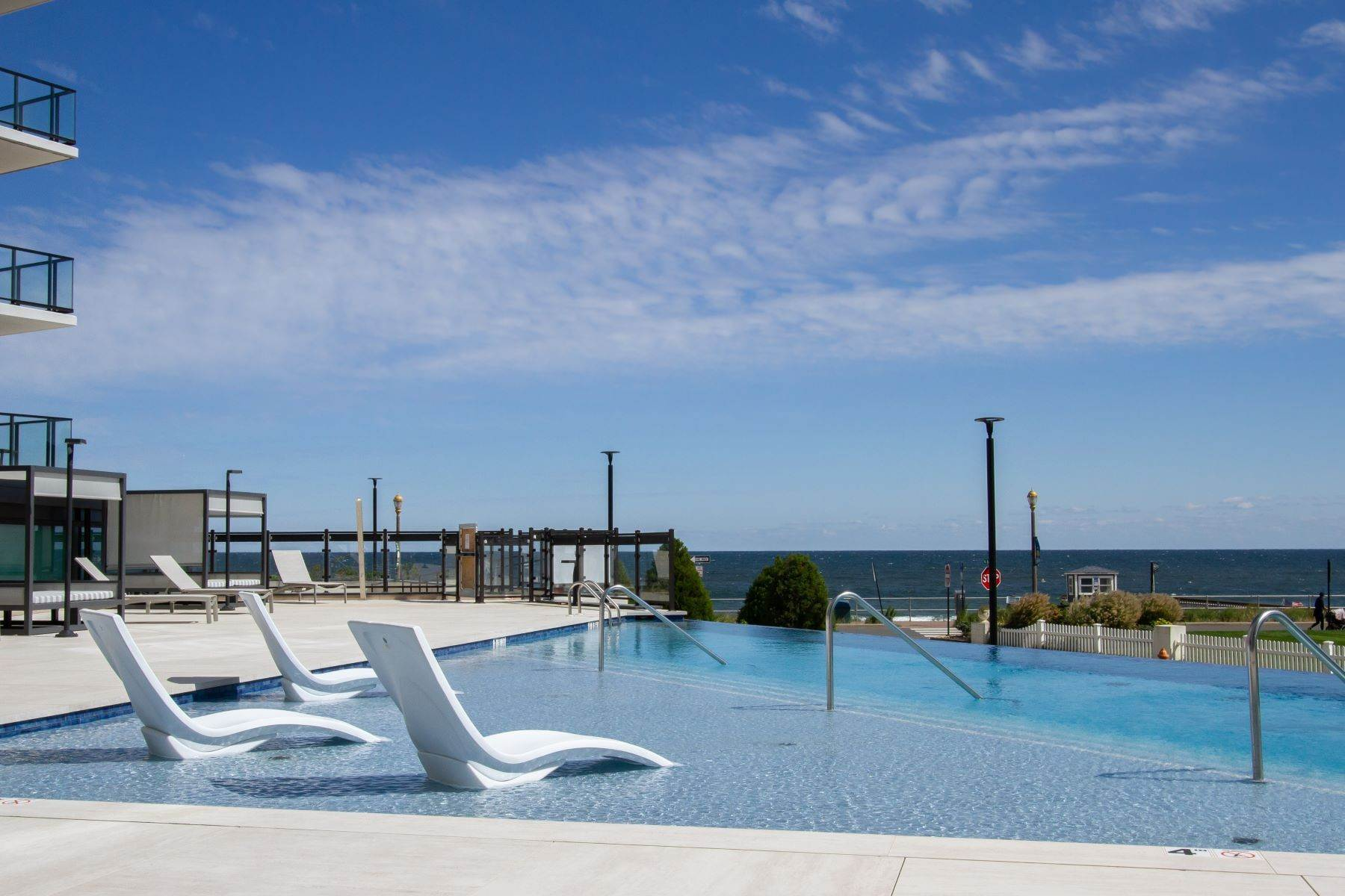 9. Condominiums for Sale at South Beach at Long Branch 350 Ocean Avenue 701 Long Branch, New Jersey 07740 United States