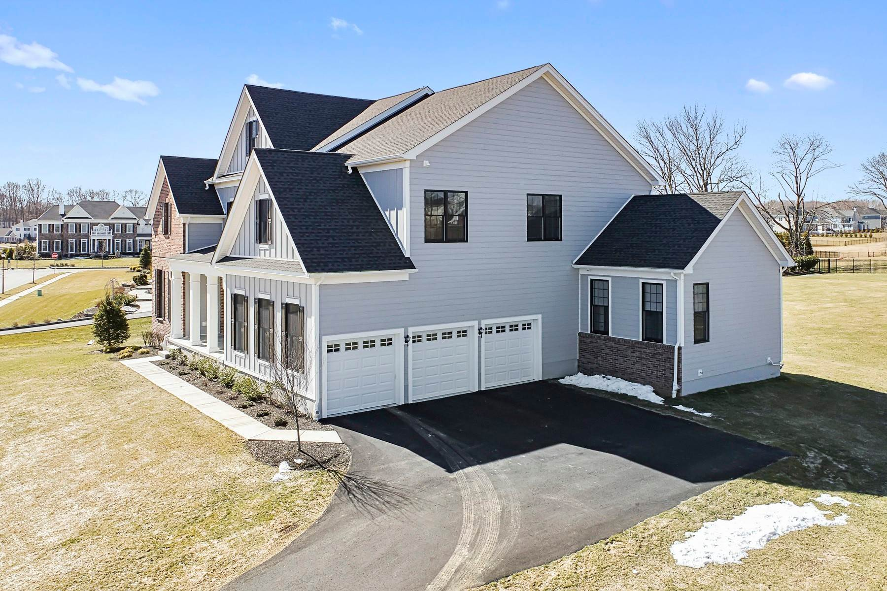 38. Single Family Homes for Sale at 3 Strathmore Road Middletown, New Jersey 07738 United States