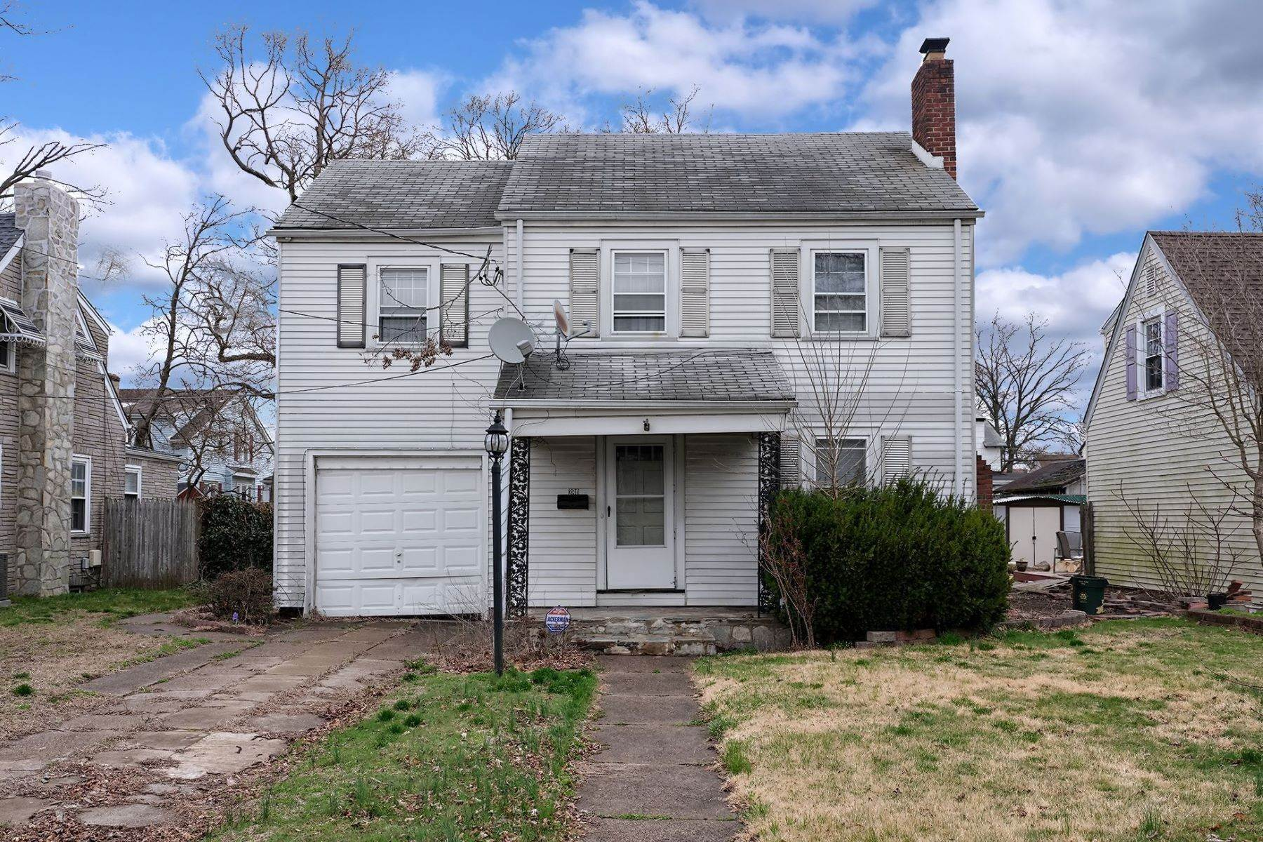 Single Family Homes for Sale at Cute Colonial in a Treasured Neighborhood 380 Atlantic Avenue Trenton, New Jersey 08629 United States