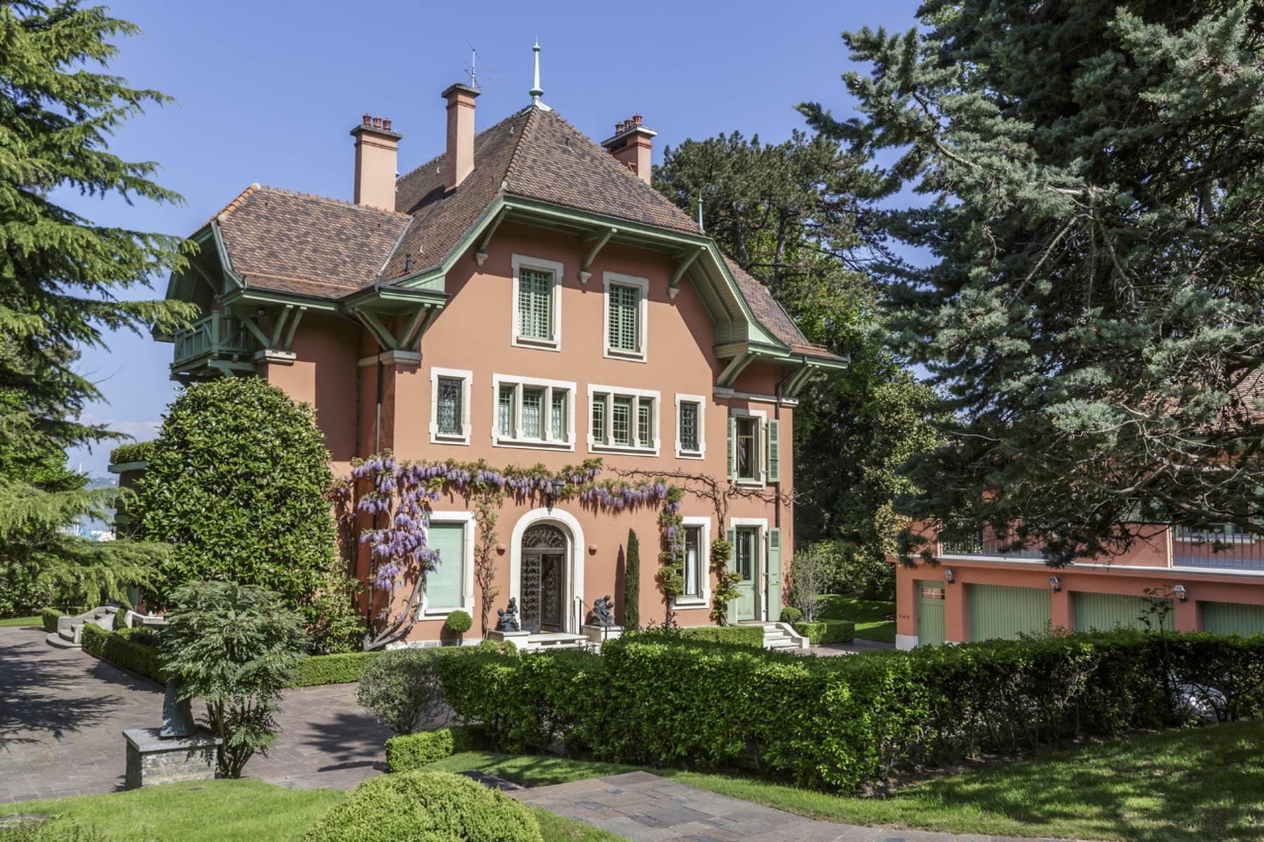 Property for Sale at Beautiful mansion on the shores of the lake ! Cologny Cologny, Geneva 1223 Switzerland